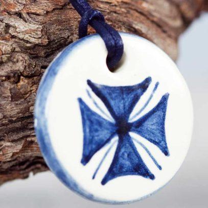 Colgante-Cruz-azul-3
