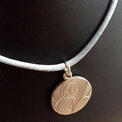 Cordón-gris-Medalla-Niña