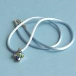 Cruz Murano pequeña azul