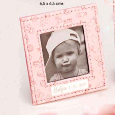 Marco rosa piel bebé dibujos