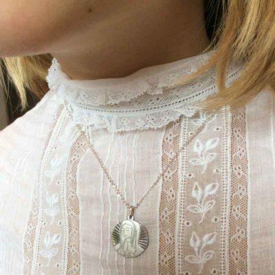 Medalla de plata Virgen maría